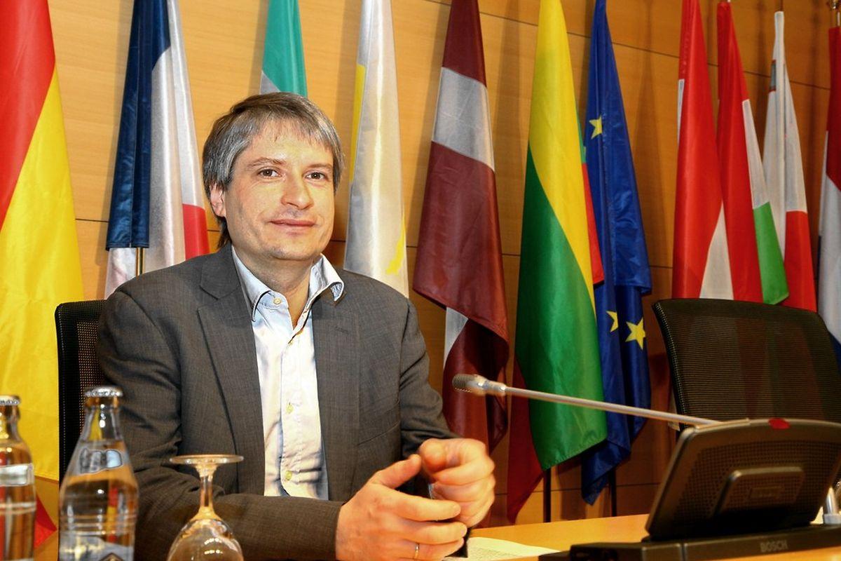 Sven Giegold setzt sich dafür ein, dass ein Untersuchungsausschuss im EU-Parlament zustande kommt.