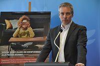 Minister Claude Meisch möchte den Eltern Hilfestellung geben beim Umgang mit den digitalen Medien. / Foto: Frank WEYRICH