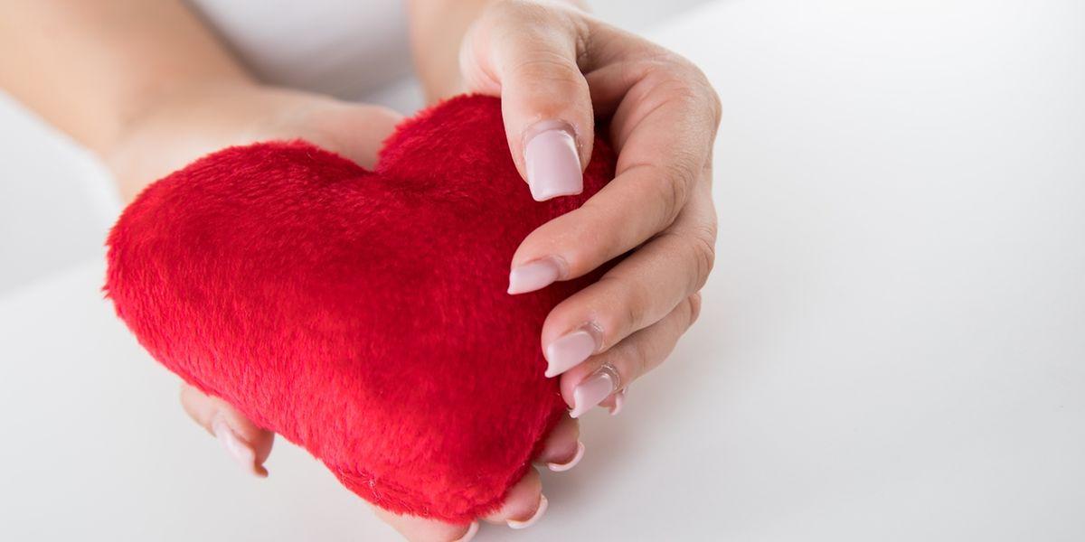 Das Herz ist das Symbol der Liebe. Tatsächlich sind Emotionen und die Gesundheit des Herzens eng miteinander verwoben.