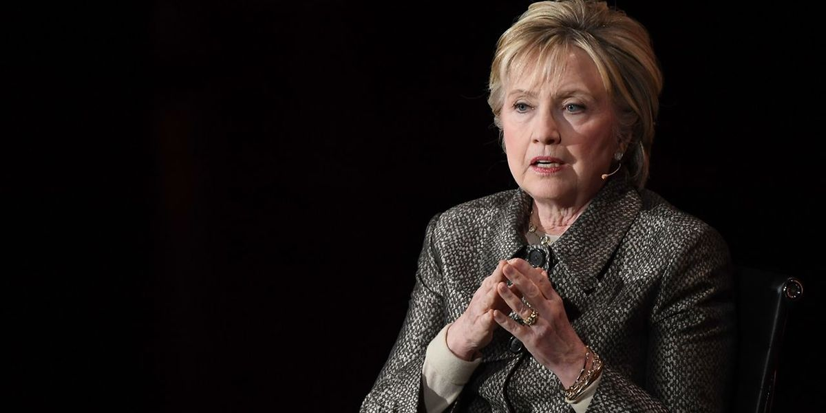 Die Frage, wieso Clinton gegen Trump scheiterte, wird in dem Buch nicht beantwortet.