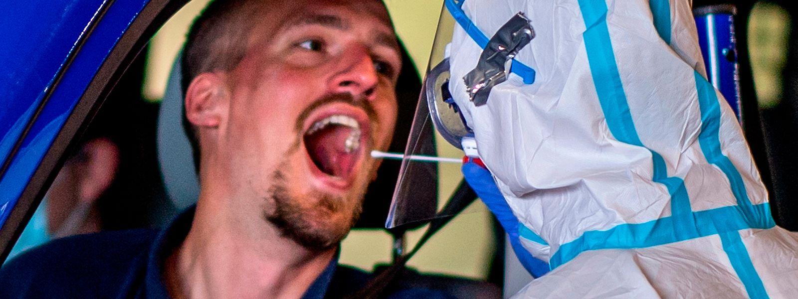 Nach wie vor wird auf intensives Testen gesetzt, um die Infektionsketten schnellstmöglich unterbrechen zu können.