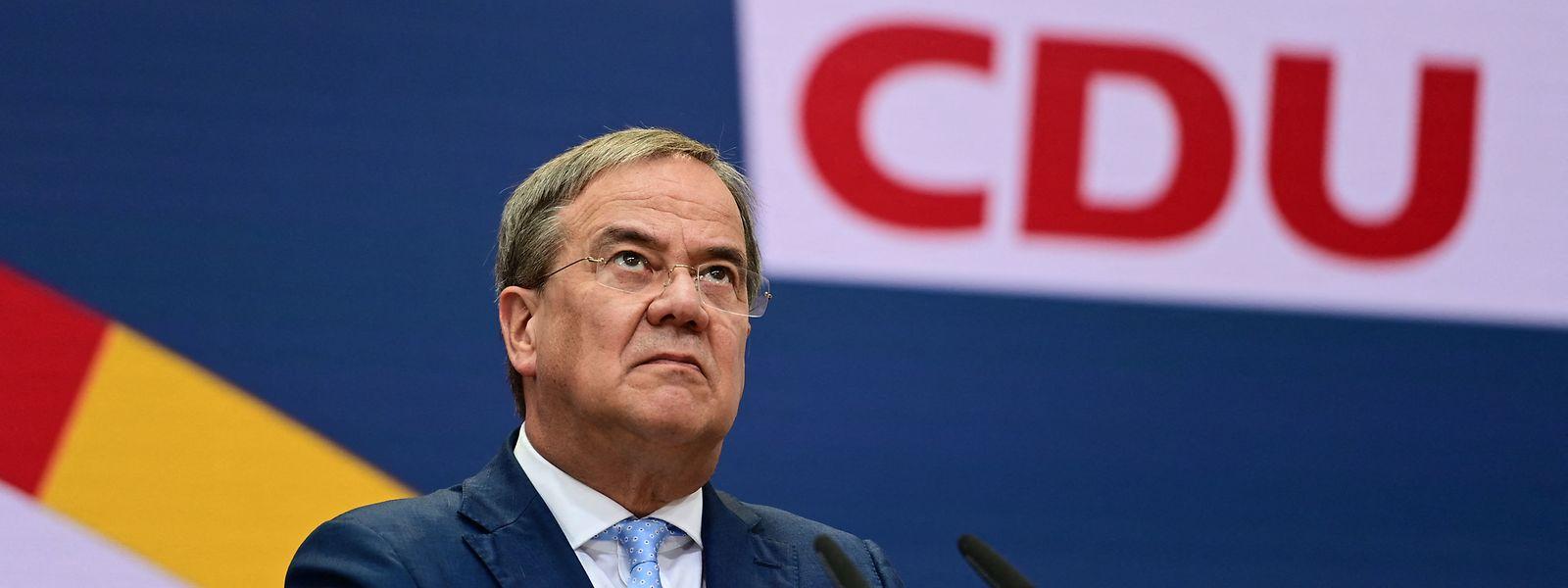 Armin Laschet muss nach dem miserablen Abschneiden darauf hoffen, dass Platz zwei doch noch fürs Kanzleramt reicht.