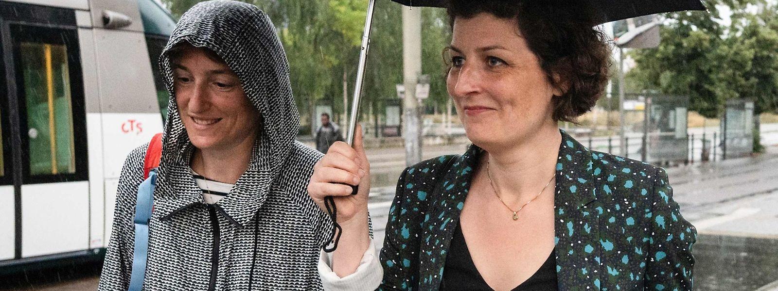Jeanne Barseghian (rechts) wird Bürgermeisterin in Straßburg.