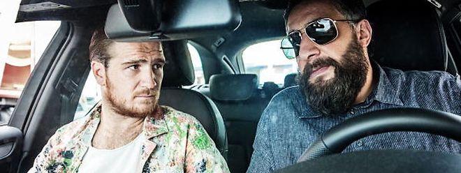 Toni Hamady (r.) und Vince Kerner sind in dunkle Geschäfte verwickelt. Clanführer Hamady will raus aus der Kriminalität. Doch dann kommt alles anders.