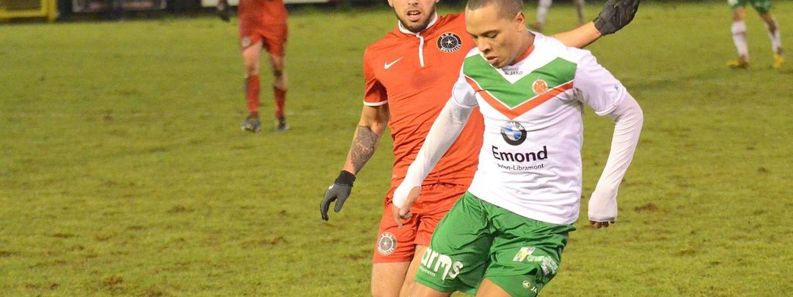 Jordann Yéyé, ici sous le maillot de l'Excelsior Virton, rejoint le FC Differdange 03 pour une demi-saison, avec une option pour une saison de plus