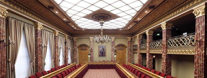 Ist die neue Regierung erst einmal vereidigt, rücken 15 Listenkandidaten in die Chamber nach.