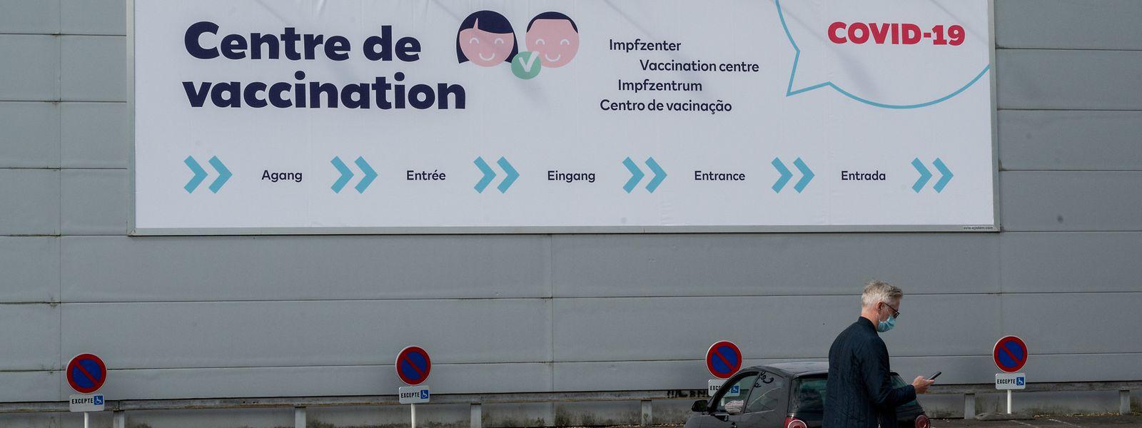 Sexto centro de vacinação abriu na semana passada na capital, em Kirchberg.