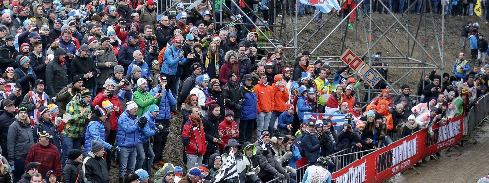 Die Stimmung stimmte bei der Cyclocross-WM. Die Abschlussrechnung läßt allerdings auf sich warten.