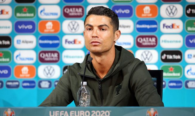 Cristiano Ronaldo had removed two bottles of Coca-Cola in front of him and urged people to drink water instead