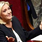 """Marine Le Pen: """"Sim, quero ser Presidente da República"""" francesa"""