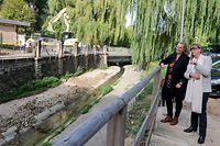 Umweltministerin Carole Dieschbourg (l.) und Bürgermeisterin Lydie Polfer haben sich die Baustelle angesehen.