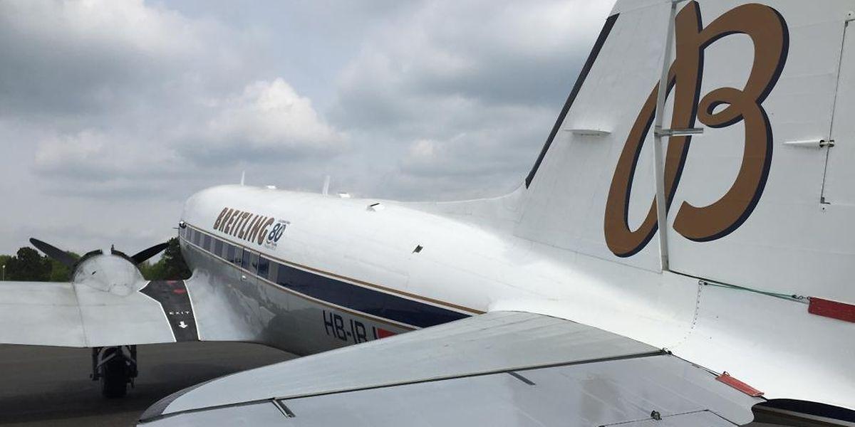 """Die Breitling DC-3 ist die Hauptattraktion bei der """"Porte Ouverte"""" auf dem Findel."""