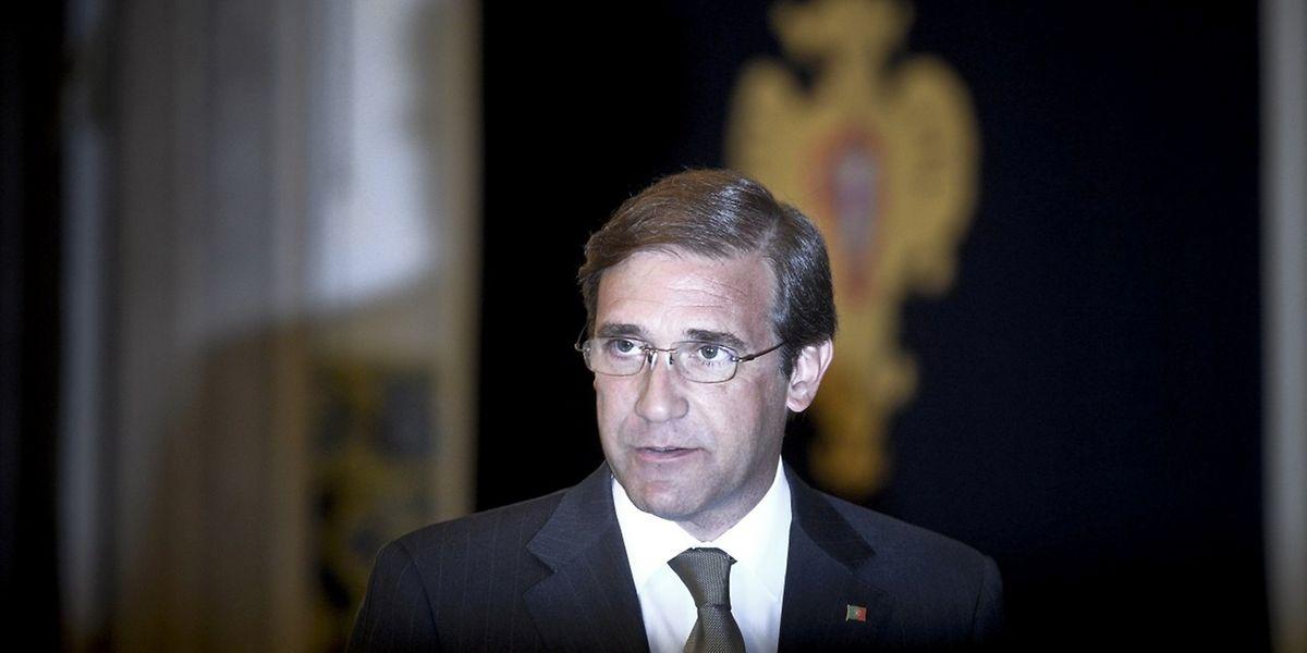 Das Mitte-Rechts-Bündnis namens Portugal à Frente (PàF/Portugal voran) von Passos Coelho war aus der Wahl am 4. Oktober erneut als stärkste Kraft hervorgegangen, hatte aber die absolute Mehrheit verloren.