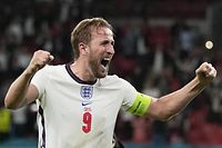 England's forward Harry Kane celebrates after winning the UEFA EURO 2020 semi-final football match between England and Denmark at Wembley Stadium in London on July 7, 2021. (Photo by Frank Augstein / POOL / AFP)