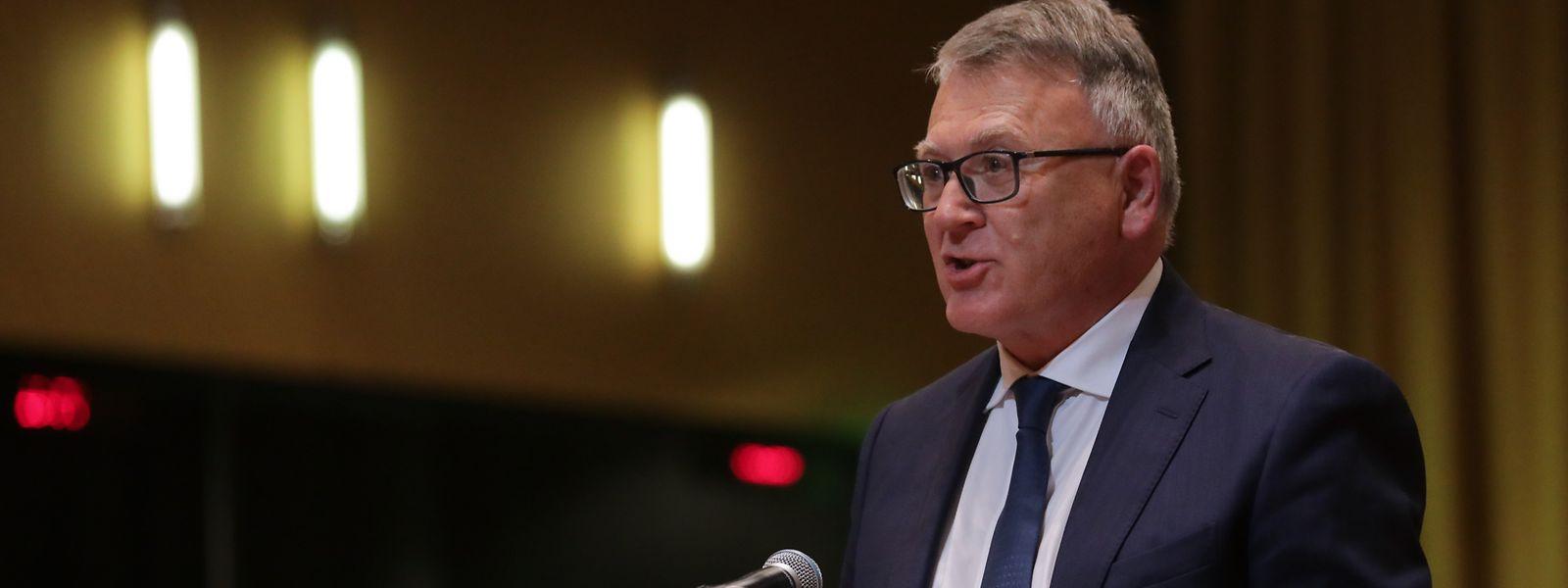 Nicolas Schmit wurde am Montag in Luxemburg als EU-Kommissar vereidigt.