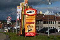 02.10.2019, Hessen, Twistetal: Blick auf die Produktionsgebäude des Fleischherstellers Wilke Wurstwaren. Nach zwei Todesfällen durch Keime in Wurstwaren muss der Hersteller die Produktion stoppen. Foto: Uwe Zucchi/dpa +++ dpa-Bildfunk +++