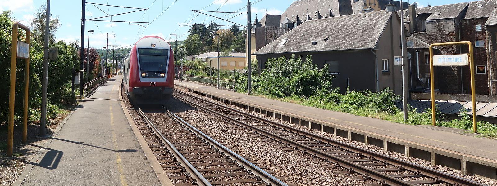 Minister François Bausch reagiert auf Differdinger Vorwürfe an die Adresse der CFL und stellt Besserung am Bahnhof am Stadteingang in Aussicht.