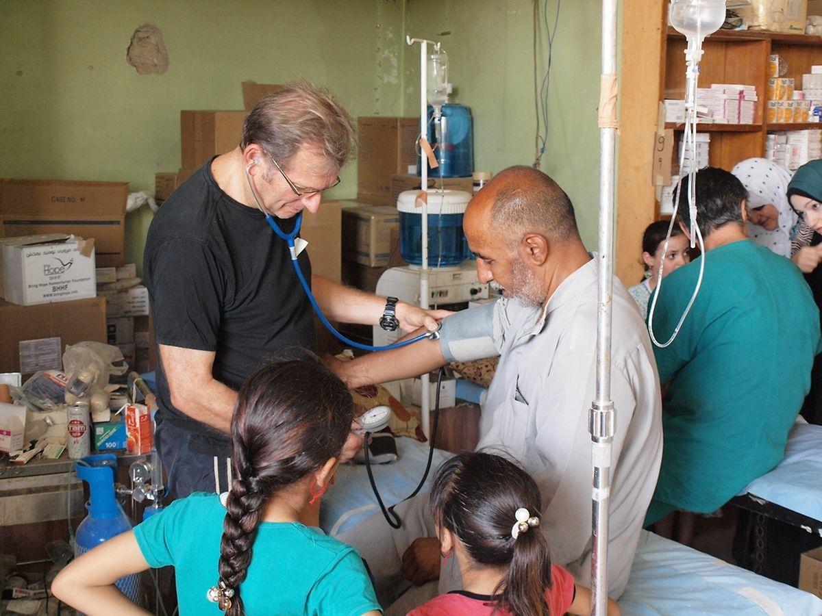 Doktor Gerhard Trabert wird für die kommenden Tage das Lazarett in Mossul leiteten.