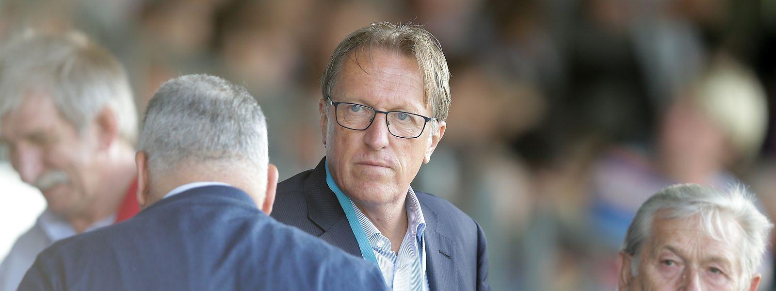 Romain Schumacher, hier neben F91-Ehrenpräsident Théo Fellerich (r.), setzt mit Düdelingen auf eine neue Strategie, während Flavio Becca dem Verein langsam, aber sicher den Rücken kehrt.