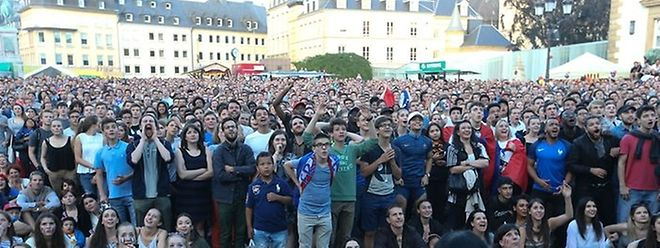 Bislang fieberten die Fußballfans in Luxemburg auf dem Knuedler mit ihrem Team mit.