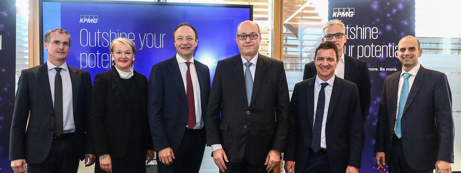 Das Führungsteam von KPMG Luxembourg: alle Geschäftsbereiche im grünen Bereich.