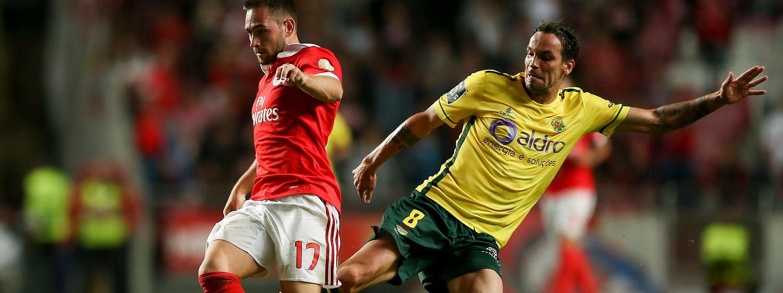 Benfica bateu o Paços de Ferreira por 2-0