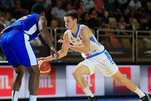 Basketballer ohne Chance gegen Großbritannien