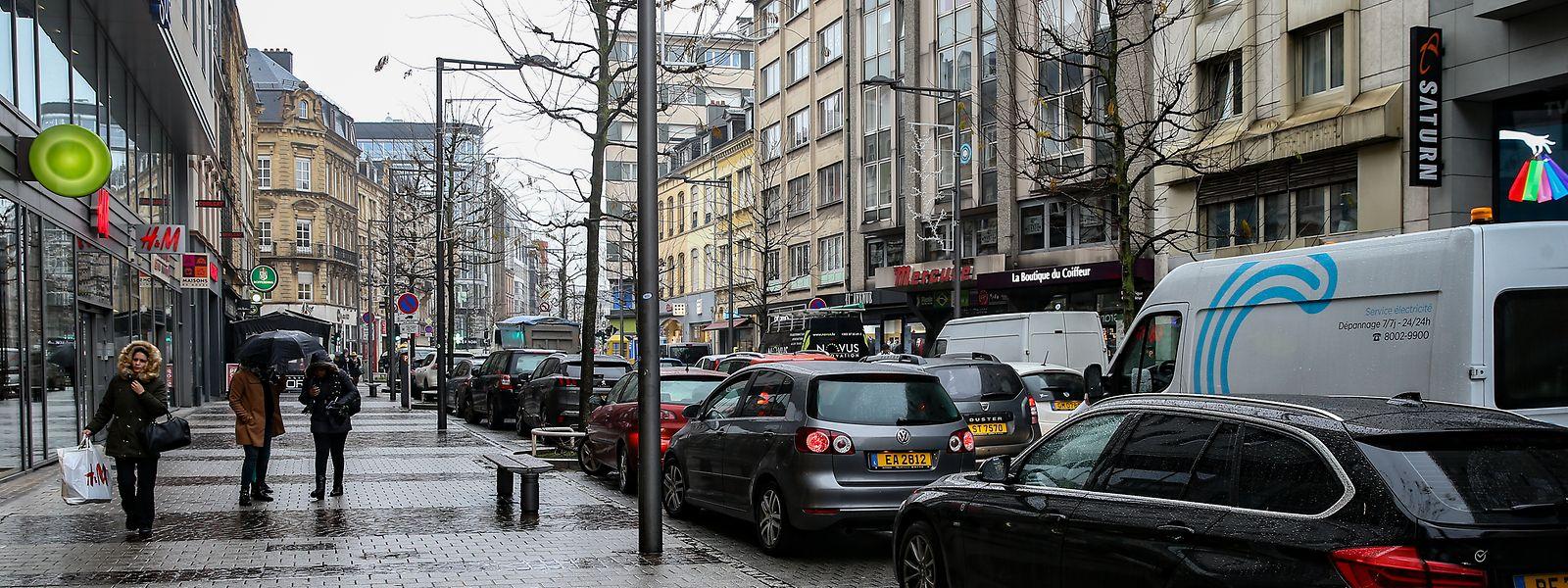 Eine Reihe von Parkplätzen in der Avenue de la Gare werden kurzfristig verschwinden.