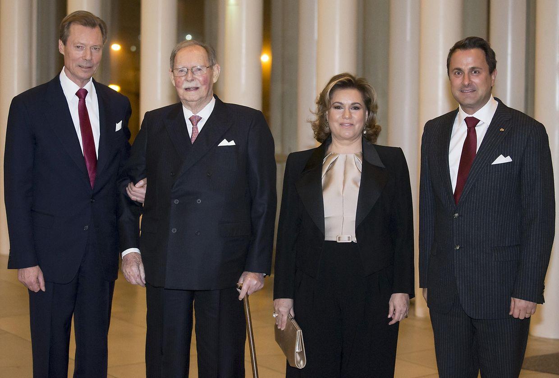 Bei der Ankunft in der Philharmonie: Großherzog Henri, der Jubilar Großherzog Jean, Großherzogin Maria Teresa und Premierminister Xavier Bettel.
