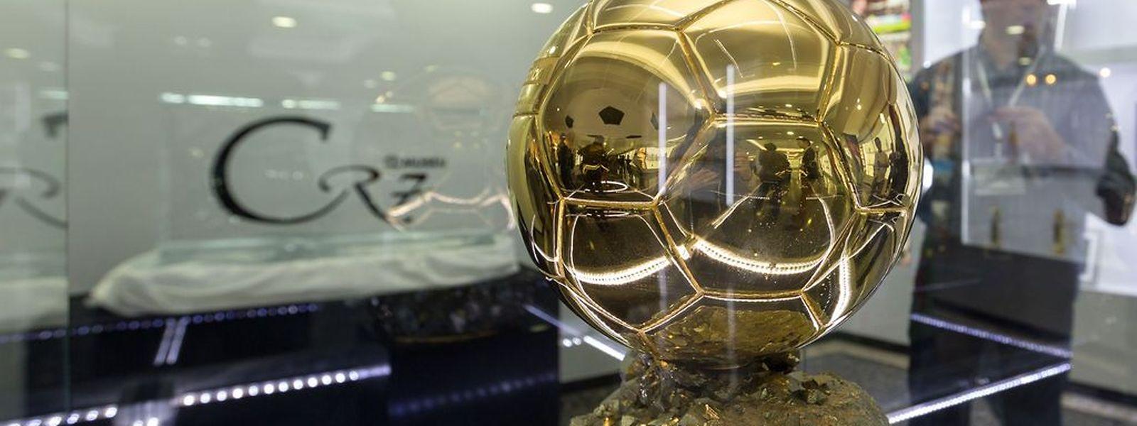 Un nouveau trophée dans sa vitrine? Cristian Ronaldo est le favori à sa succession dans la course au Ballon d'Or.