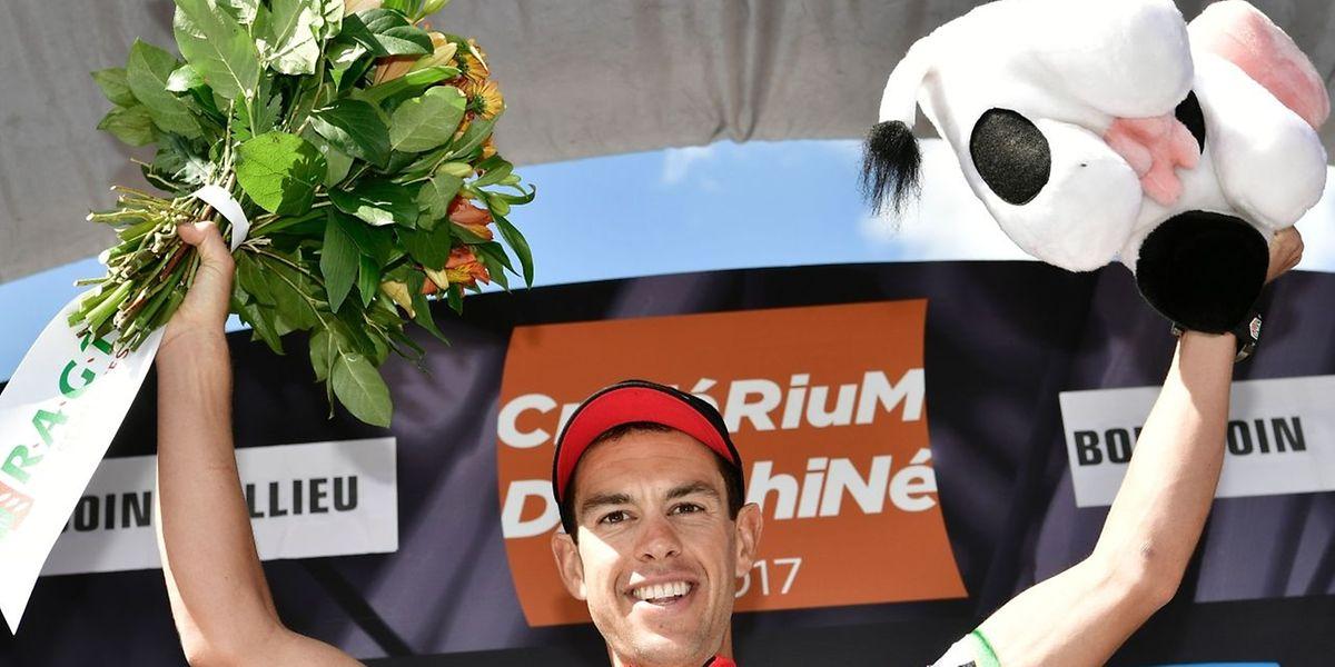 Le bouquet du vainqueur du chrono va à l'Australien de la BMC, Richie Porte