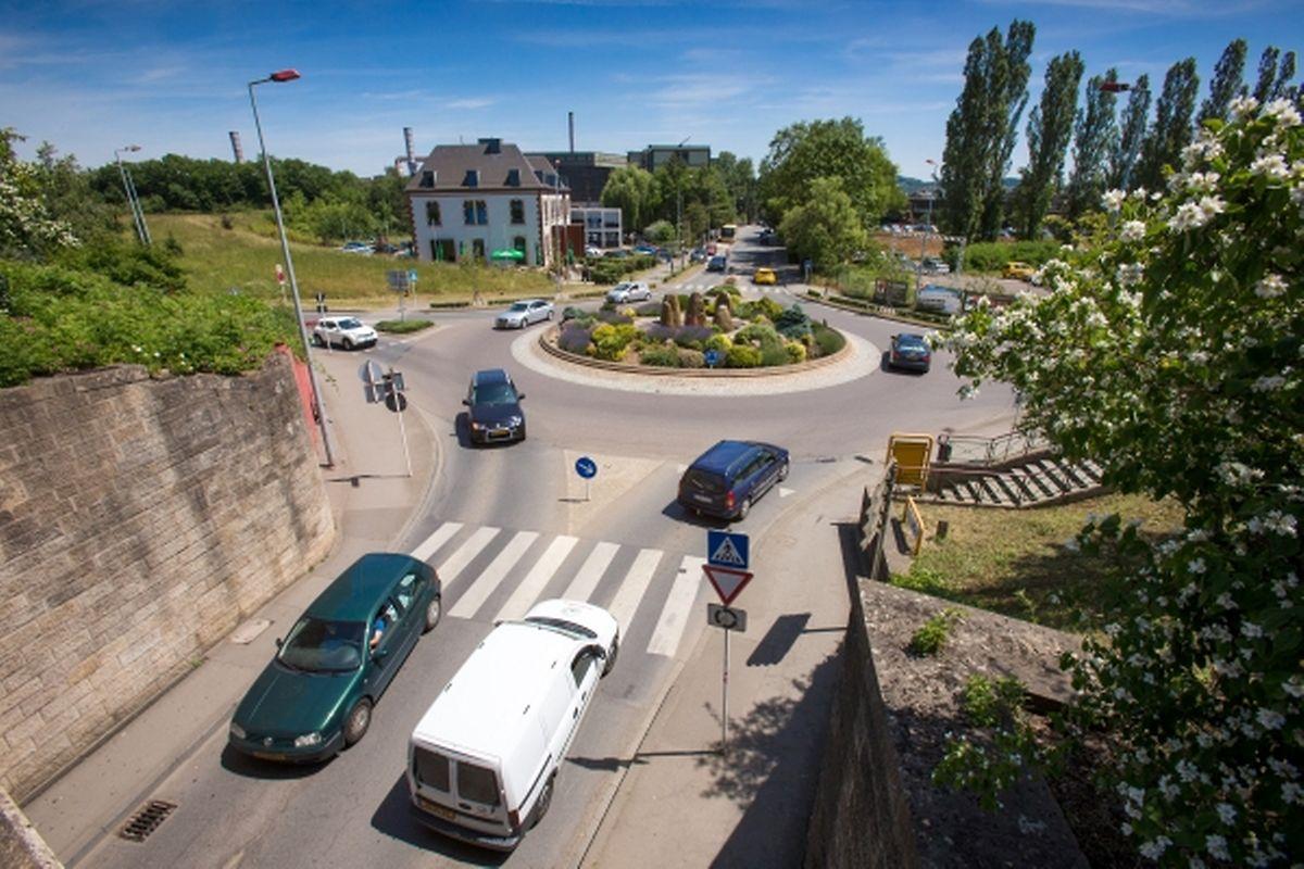 Der Kreisverkehr am Eingang zum Differdinger Stadtzentrum wird verschwinden.