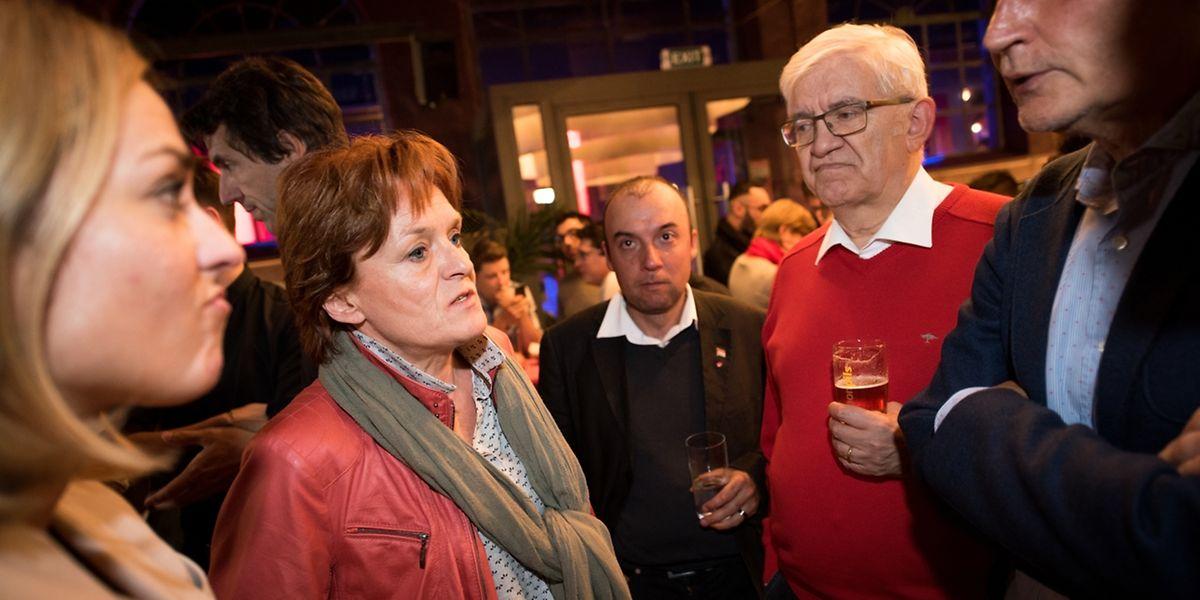 Bedrückte Mienen in Esch/Alzette - aber nahezu in allen Proporzgemeinden hat die LSAP an Stimmen verloren.