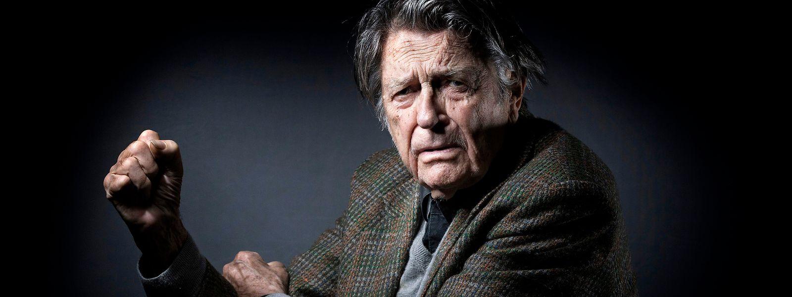 Jean-Pierre Mocky avait réalisé plus de 60 longs-métrages ainsi qu'une quarantaine de téléfilms.