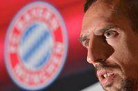 ARCHIV - 11.01.2014, Katar, Doha: Franck Ribery vom FC Bayern München spricht während einer Pressekonferenz seiner Mannschaft im Teamhotel. (zu dpa «Ribéry über FCBayern: «Müssen investieren, nachrüsten»») Foto: Peter Kneffel/dpa +++ dpa-Bildfunk +++
