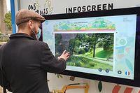 Via Touchscreen können sich einzelne 3-D-Grafiken der Renaturierung angeschaut werden.