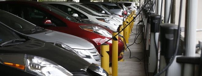 La voiture électrique, un moyen de locomotion à privilégier pour les entreprises selon la volonté du gouvernement.