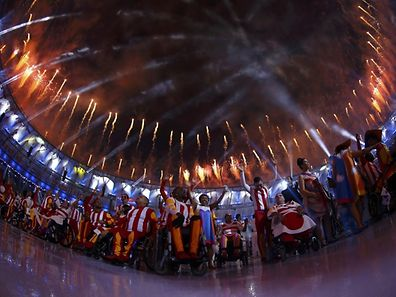 2016 Rio Paralympics - Opening ceremony - Maracana - Rio de Janeiro, Brazil - 07/09/2016. Fireworks erupt during the opening ceremony.  REUTERS/Ricardo Moraes FOR EDITORIAL USE ONLY. NOT FOR SALE FOR MARKETING OR ADVERTISING CAMPAIGNS.
