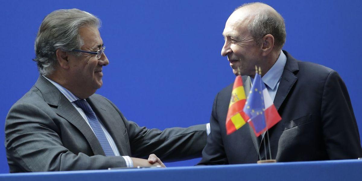 Der französische Innenminister Gerard Collomb (R) hat am Mittwoch eine verstärkte Zusammenarbeit beider Länder im Bereich der Sicherheit vereinbart.