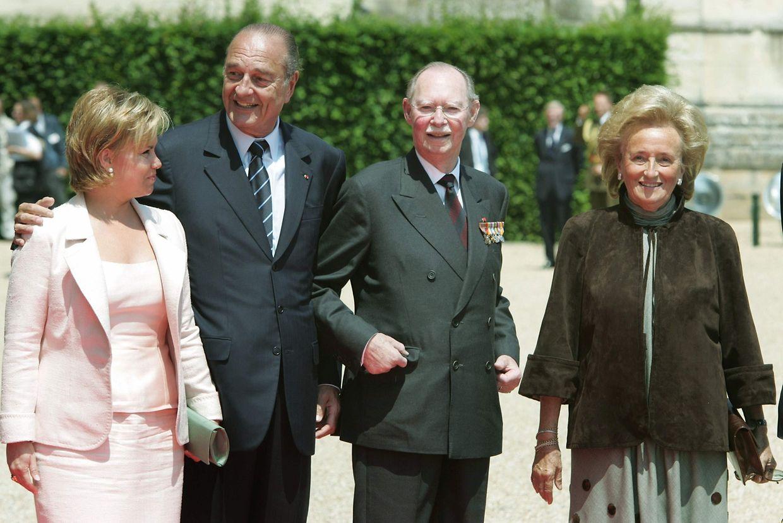 Le président Chirac et son épouse Bernadette en compagnie du grand-duc Jean  et de la grande-duchesse Maria Teresa, en 2004