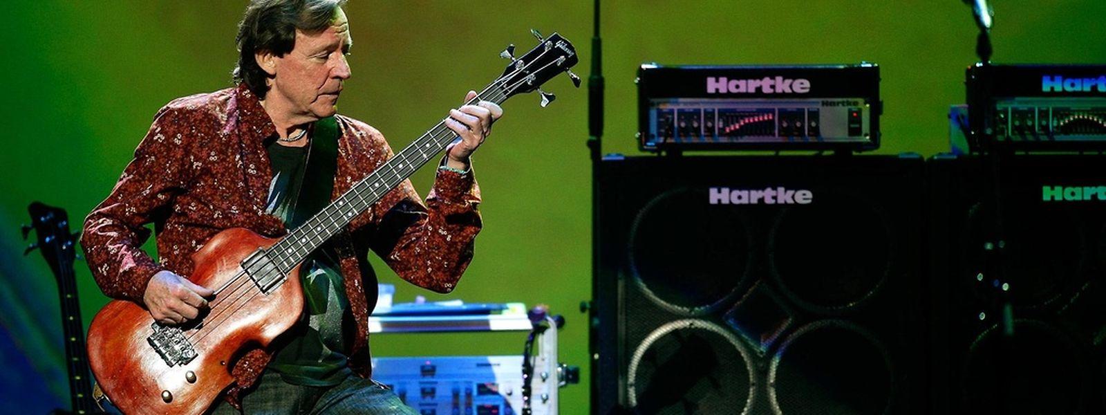 Jack Bruce 2005 im Royal Albert Hall in London.