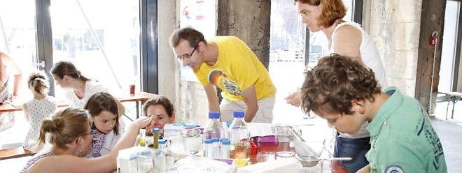 """Mit dem Projekt """"SciTeach Center"""" will man das Interesse der Grundschüler an den Naturwissenschaften wecken und fördern."""