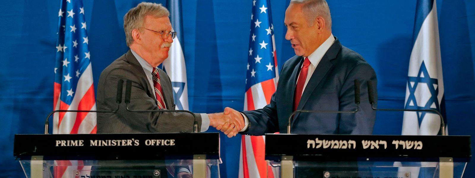 Bolton (l.) traf sich mit Israels Premier Benjamin Netanyahu.
