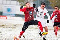 Gautier Bernardelli (Strassen l.) gegen Florian Weirich (Rosport r.) / Fussball, Nationaldivision, Strassen - Rosport / 01.12.2019 / Strassen / Foto: Christian Kemp