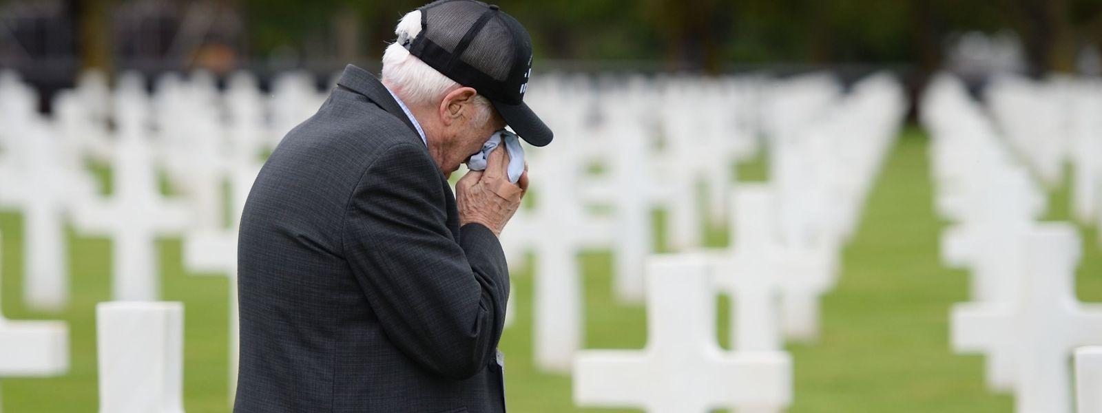 US-Veteran Jack Gutman war 18 Jahre alt, als er als Soldat am 6. Juni 1944 in der Normandie an Land ging. Am Mittwoch besuchte er seine verstorbenen Kameraden am US-Soldatenfriedhof in Colleville-sur-Mer.