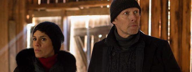 Jackie Müller (Jasmin Gerat, l.) und Harald Bjørn (Lars Mikkelsen, r.) sind Menschenhändlern auf der Spur.