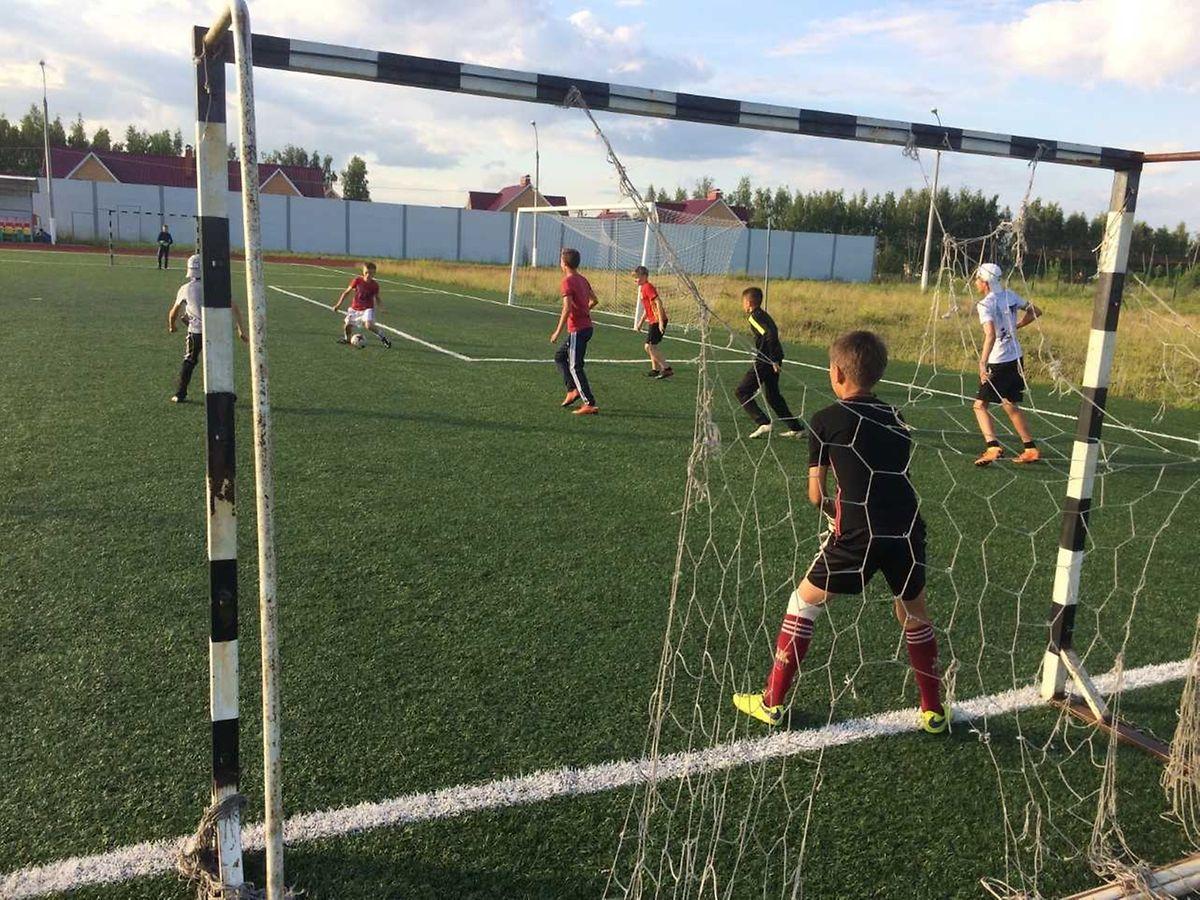 Ilja, Kiril und ihre Mitspielern eifern nun auch den russischen Nationalspielern nach.