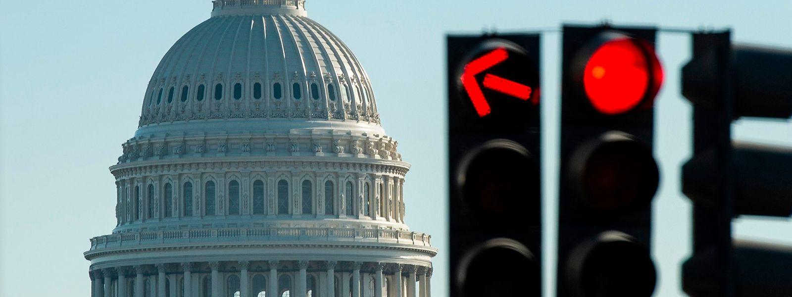 """Erst am 25. Januar war ein fünfwöchiger """"Shutdown"""" beendet worden - es war der längste in der Geschichte der USA."""