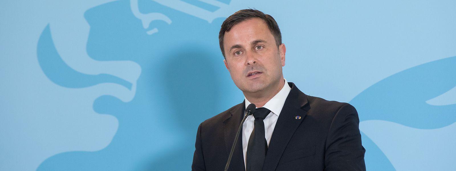 Xavier Bettel sprach der großherzoglichen Familie das Beileid der Regierung und des Landes aus.