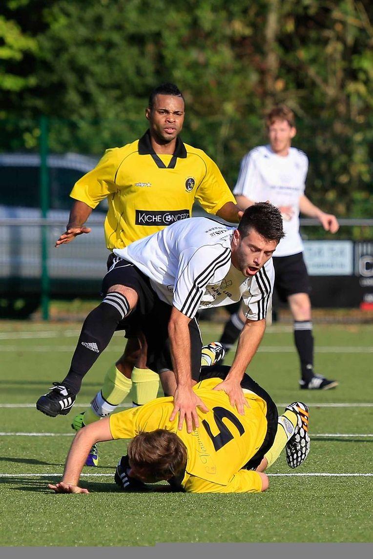 Fabiano Merkes (FC Koeppchen),  Inacio Do Rosario et Ronny Bodri (5) .